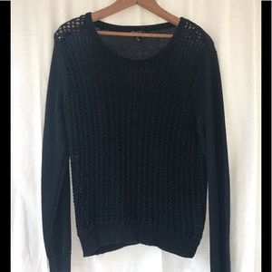 Kenneth Cole  sweater size Medium